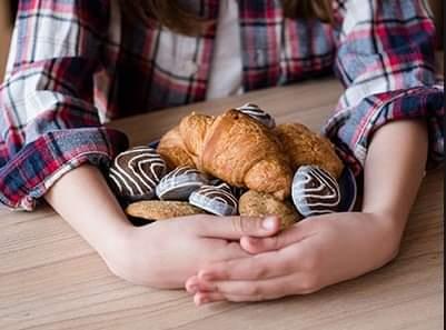 Mâncatul compulsiv la adolescenți