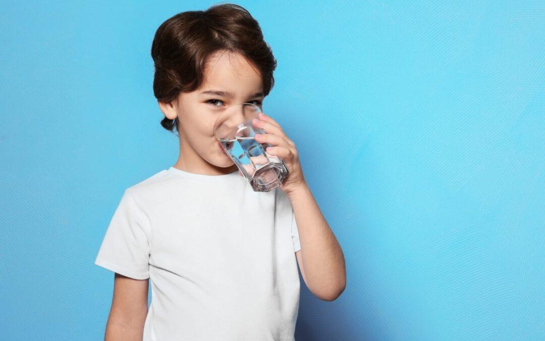 Avantajele Hidratării Corecte La Copii